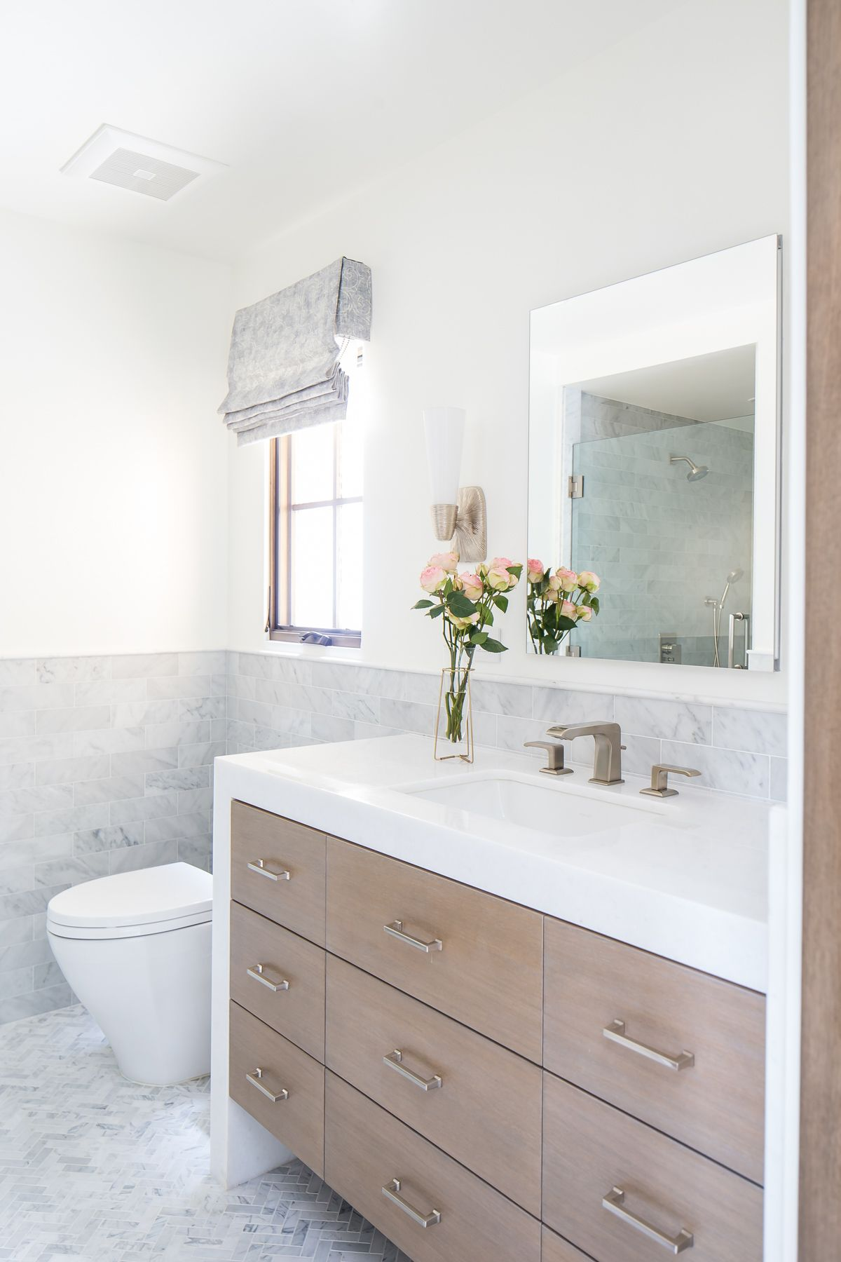 Blackband Design Waterfall Countertop, Waterfall Bathroom Vanity
