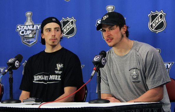 Sidney Crosby Marc-Andre Fleury Photos - (L-R) Goaltender Marc-Andre Fleury #29 and Sidney Crosby #87 of the Pittsburgh Penguins speak with the media following the off day skate between games of the NHL Eastern Conference finals on May 10, 2008 at the Mellon Arena in Pittsburgh, Pennsylvania. - NHL Eastern Conference Playoffs Practice