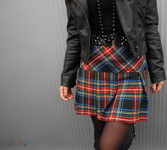 jupe kilt perfecto cuir from. Black Bedroom Furniture Sets. Home Design Ideas