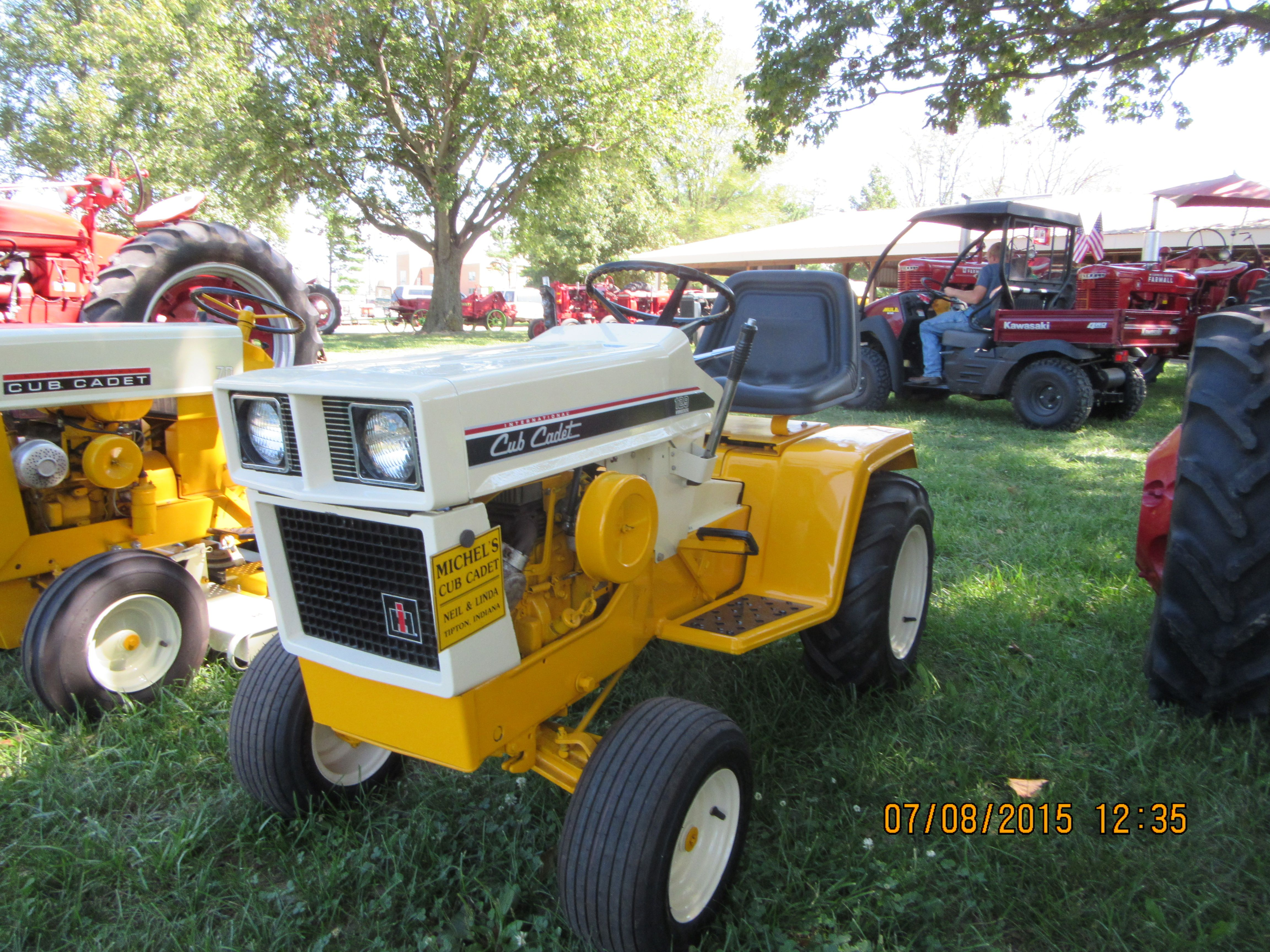 medium resolution of international cub cadet 129 hydro garden tractor