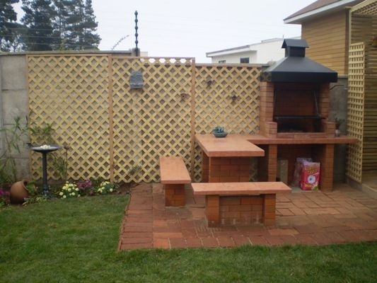 Quinchos modernos peque os buscar con google asador for Modelos de patios interiores