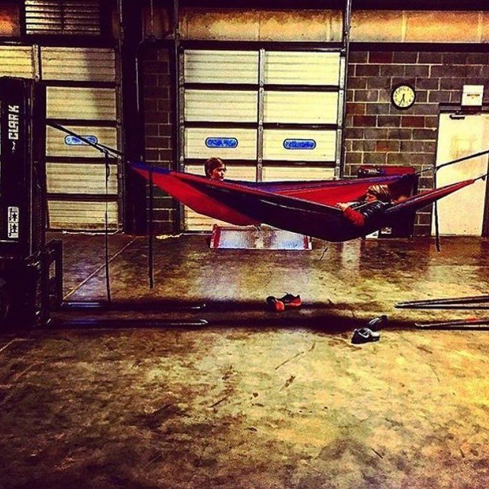 Cool set-up by @jackie_denenny Follow our Sponsor @grandtrunkgoods and check out their website! (grandtrunk.com)  #hammocklife #clubhammers -<>- Remember to DM us your favorite Hammock pictures to have a good chance at being featured! Also email us pictures (clubhammers@gmail.com) with the subject Fan Photo Gallery to get in our fan photo gallery on our website (http://ift.tt/20lBgjO) by @clubhammers