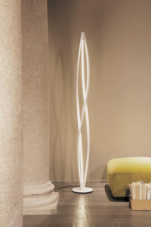 Floor Standing Lamp Original Design Pmma Aluminum In The Wind By Arihiro Miyake Nemo 照明 吊灯 灯具