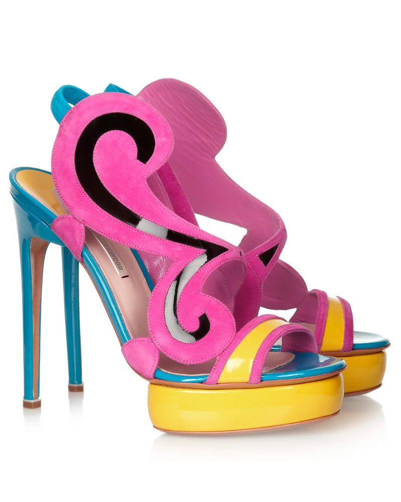 Imagen de http://cdn.glamour.mx/uploads/images/thumbs/201322/zapatos_neon_electricos_color_primavera_240267489_800x1000.jpg.