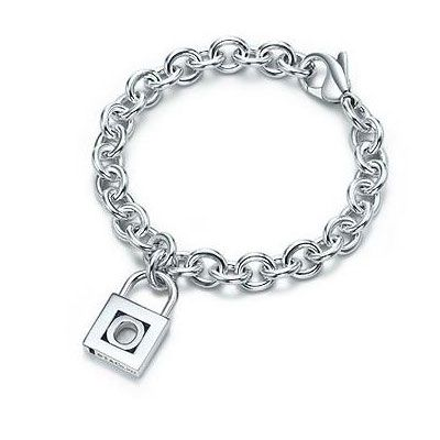 Tiffany & Co Outlet Glittering Letter O Lock Charm Bracelet