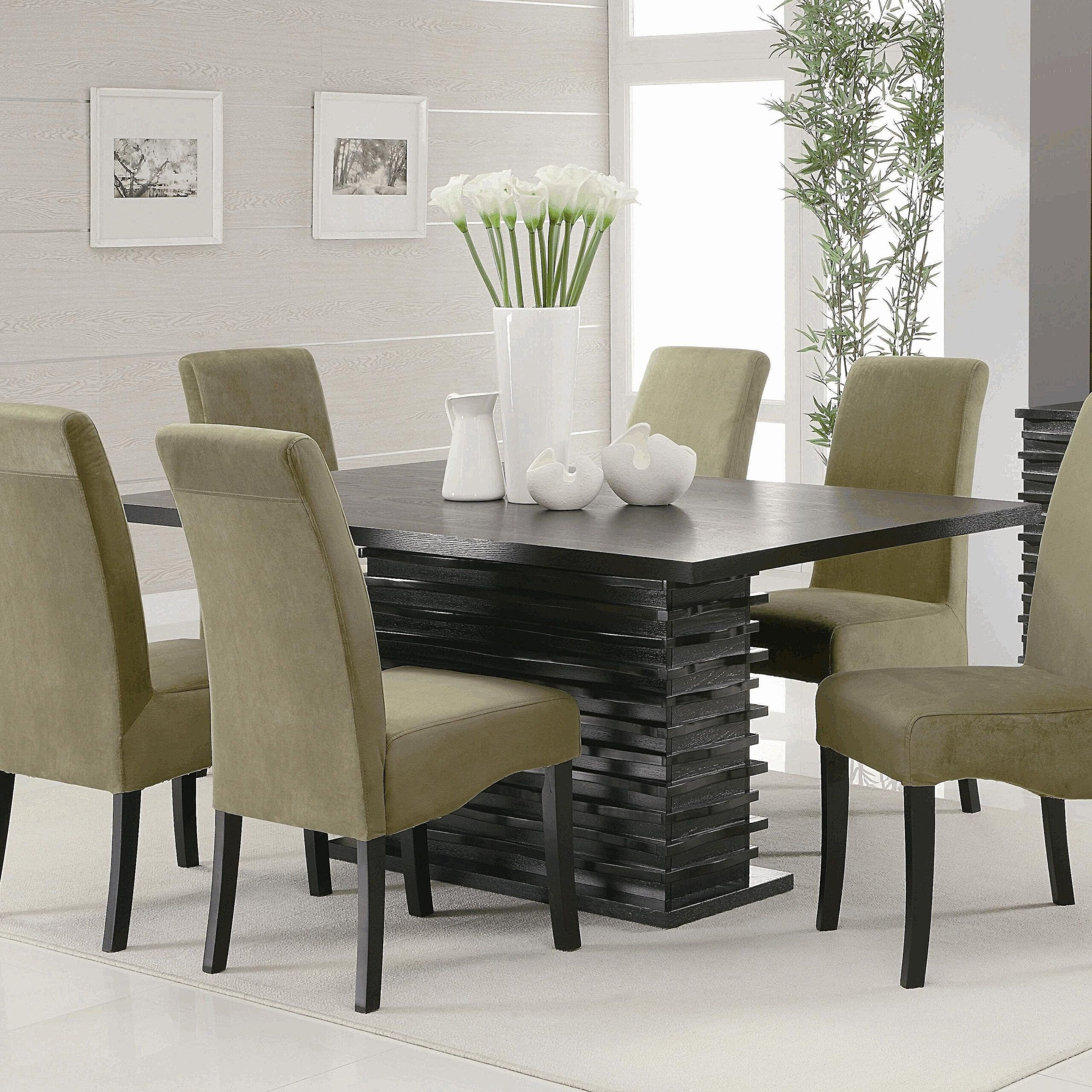 Unique Centerpieces For Dining Room Table In 2021 Dining Room Table Unique Centerpieces Dining Room