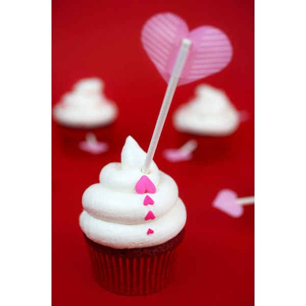 Cupid s Arrow Cupcakes ❤ liked on Polyvore featuring home kitchen