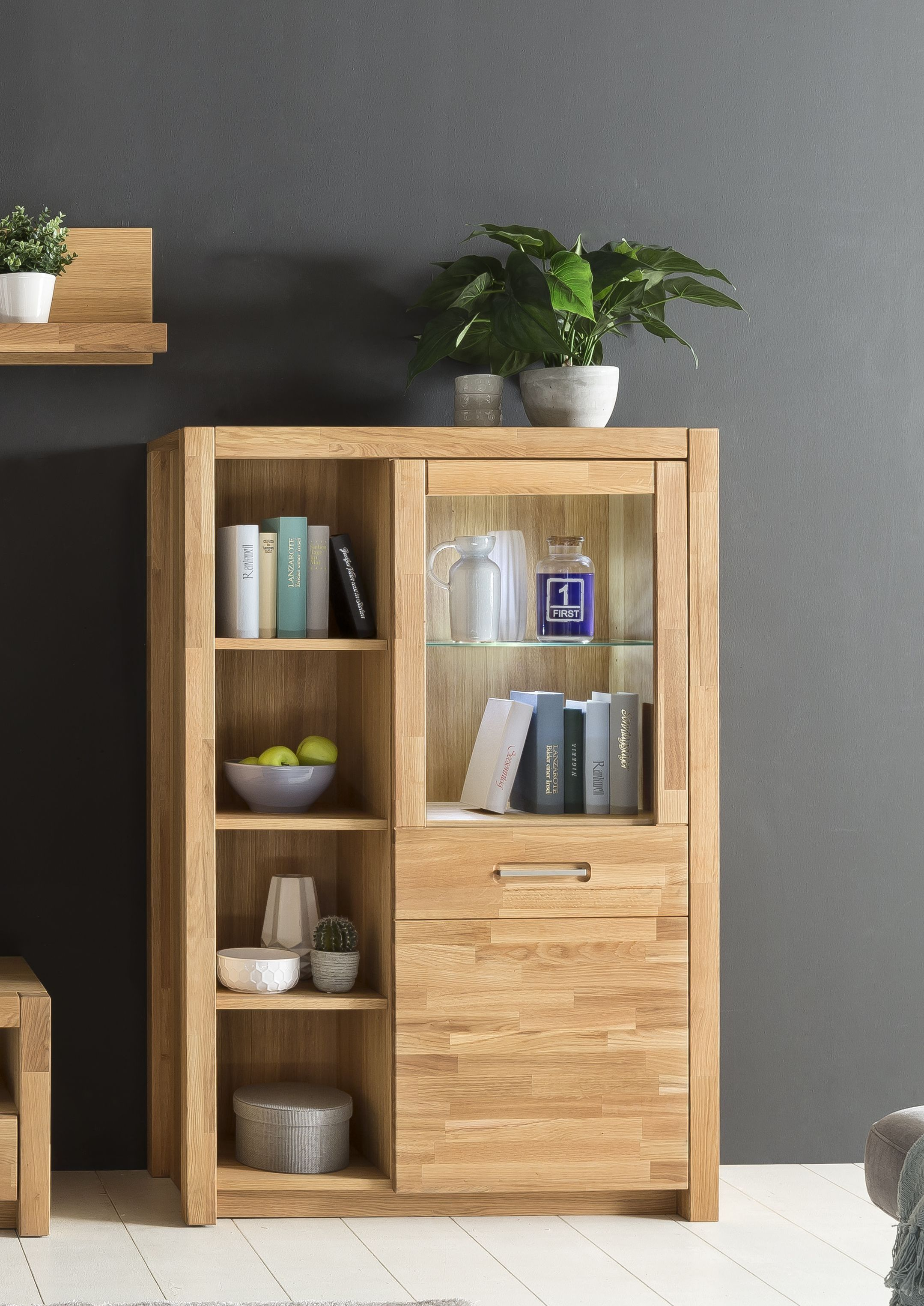Superb Highboard Vitrine Wildeiche Massiv Ge lt Mit Led Beleuchtung Woody Holz Modern Jetzt bestellen