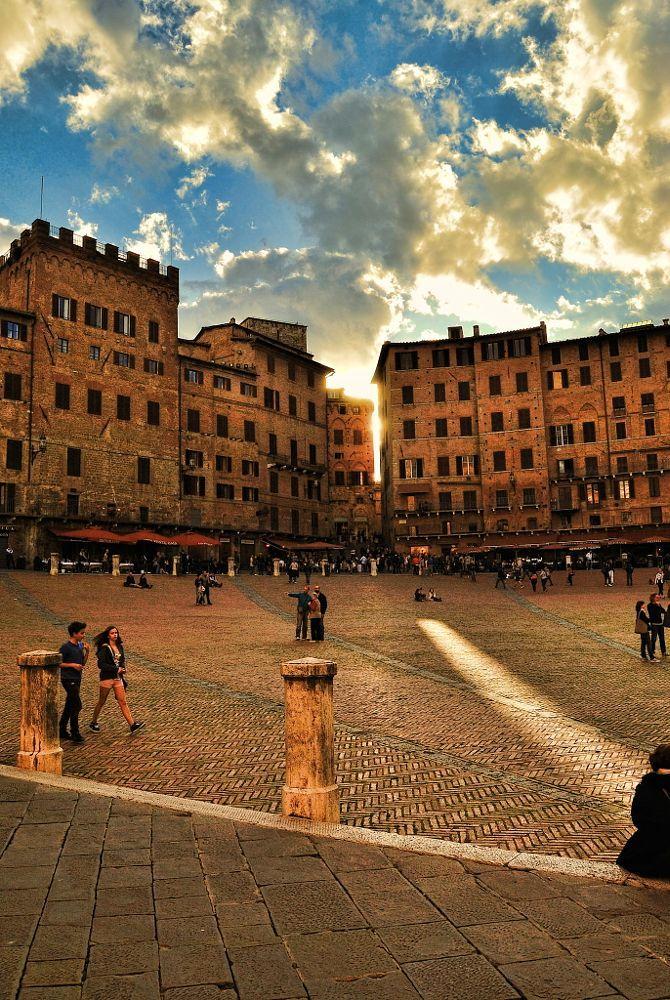 Italian Florence: Siena. Spiraglio Di Luce By Ermanno Radice On 500px