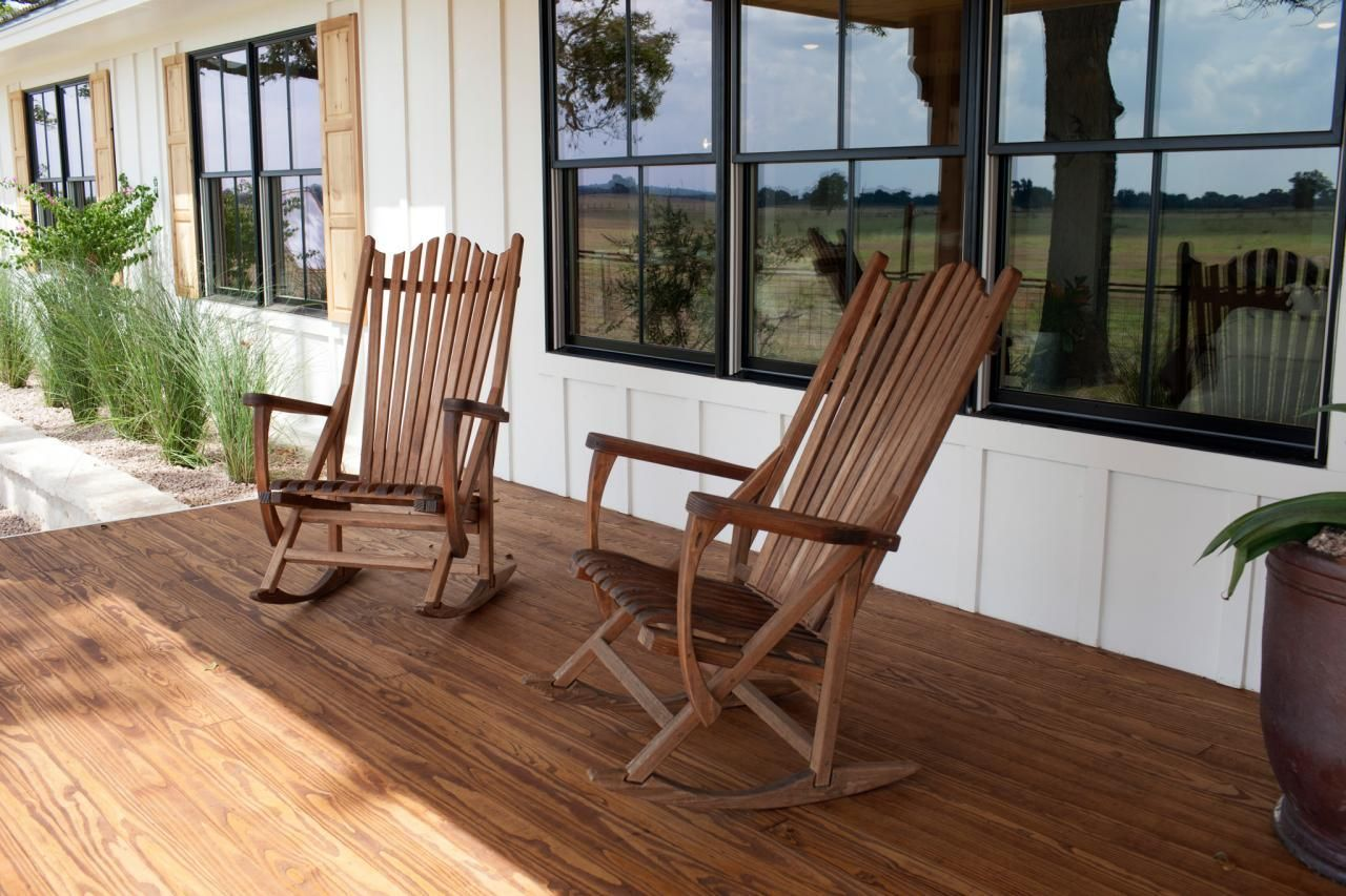 Image Result For Chip And Joanna S Rocking Chairs On Front Porch Fixer Upper House Fixer Upper Ranch House