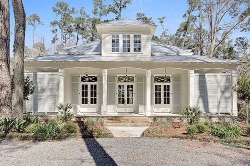 Low Country House Exterior Paint Colors For House Cottage Exterior House Exterior