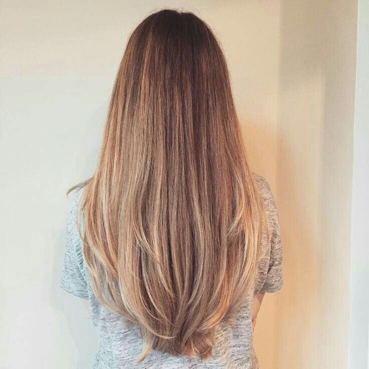 Pin By Ingrid Abigail On Hair Inspiration Haircuts For Long Hair With Layers Long Hair Styles Long Layered Hair
