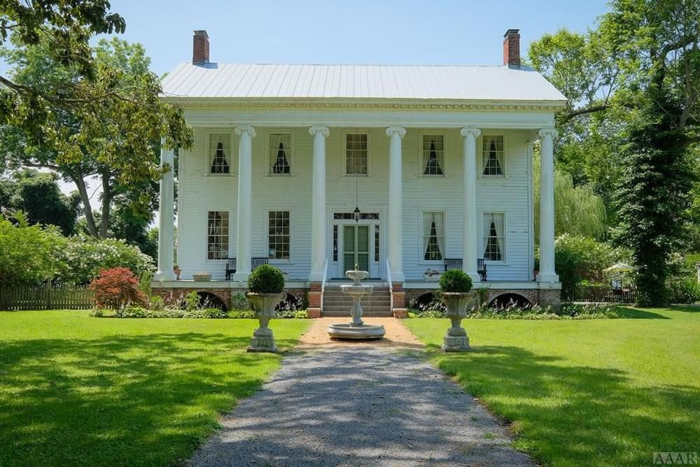1836 Antebellum For Sale in Edenton, North Carolina