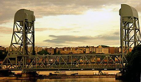 The Broadway Bridge In New York City Crosses The Harlem River Ship Canal Between Inwood And Marble Hill Both Parts Of Manhattan The La Nyc Marble Hill Bridge