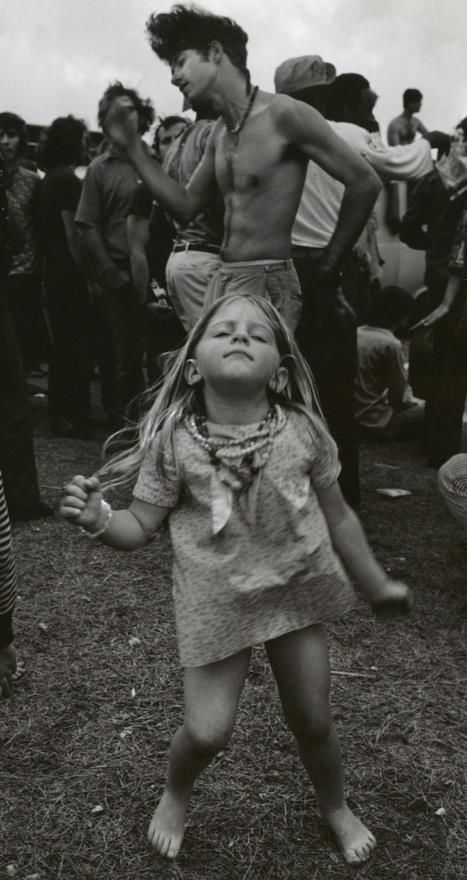 Photo of 25 Groovy Trends Spotted From Woodstock Festival Street Style