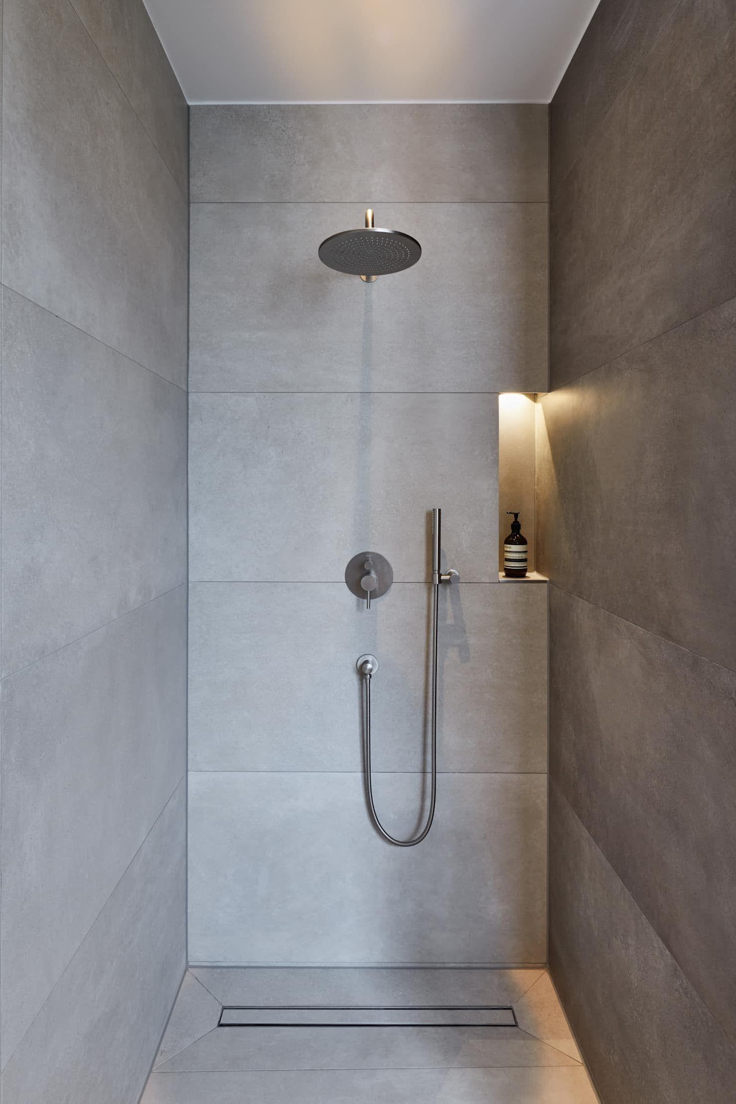 Badezimmer ideen fliesen dusche haus s moderne badezimmer von klaus mäs architektur  badezimmer