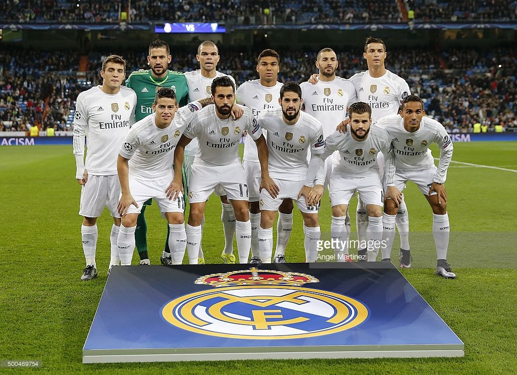 Players Of Real Madrid Pose Before The Uefa Champions League Group A Real Madrid Real Madrid Football Club Uefa Champions League