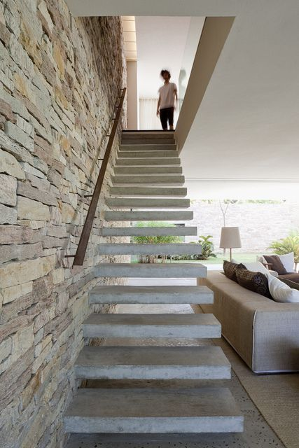 Paredes com pedras | A. Design of stairs | Pinterest | Escaliers ...