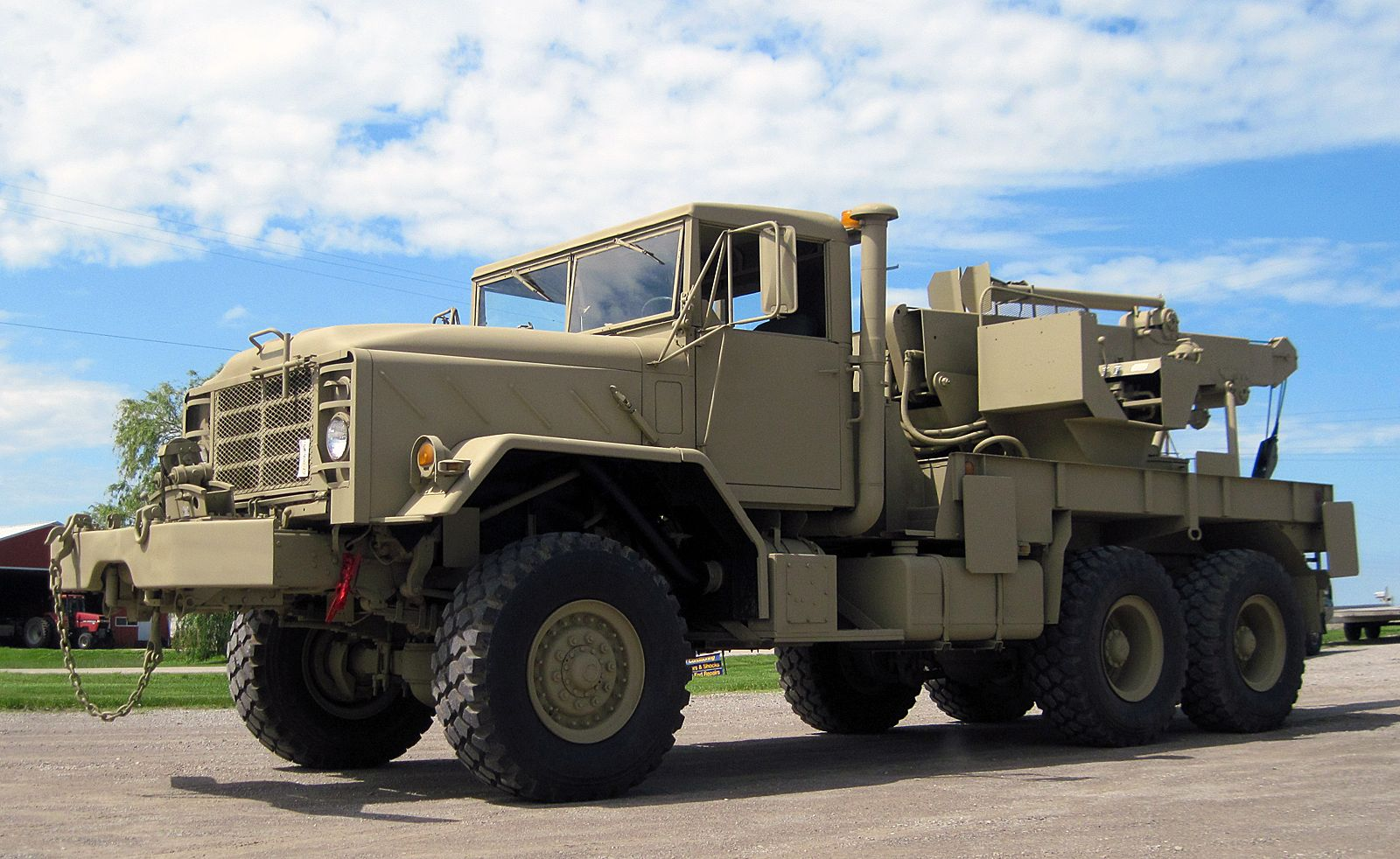 M936 Military Wrecker/Recovery Truck Military vehicles