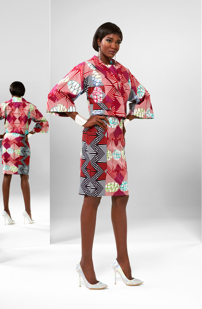 DEFINE YOUR FEMINITY | Wide sleeves create a stunning plateau ...