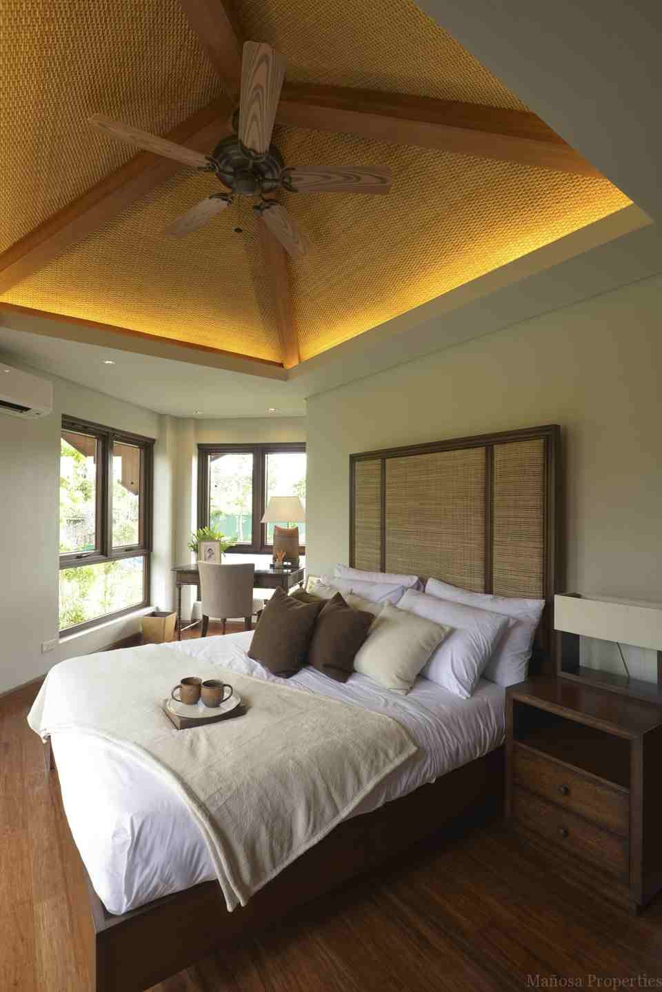 balinese interior design bedroom | ungasan villas | interior