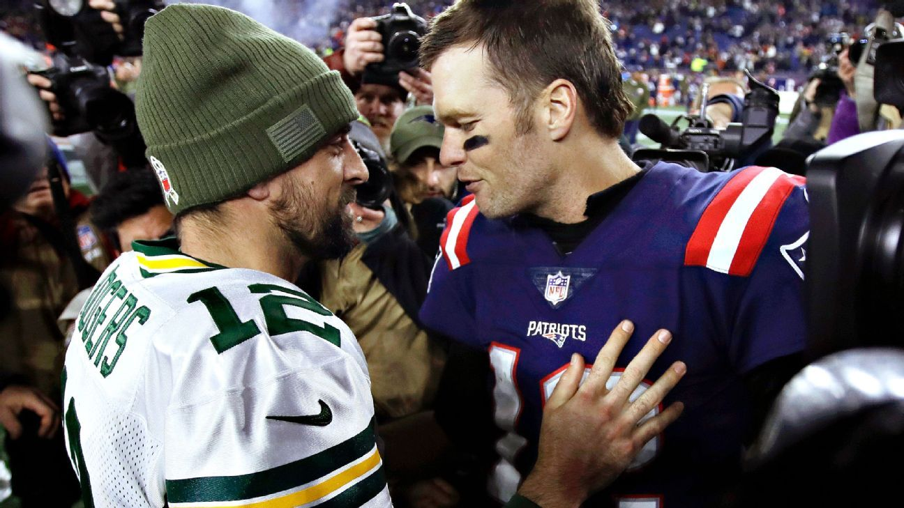Tom Brady Evens Score With Aaron Rodgers In Second Meeting Tom Brady Nfl News Aaron Rodgers