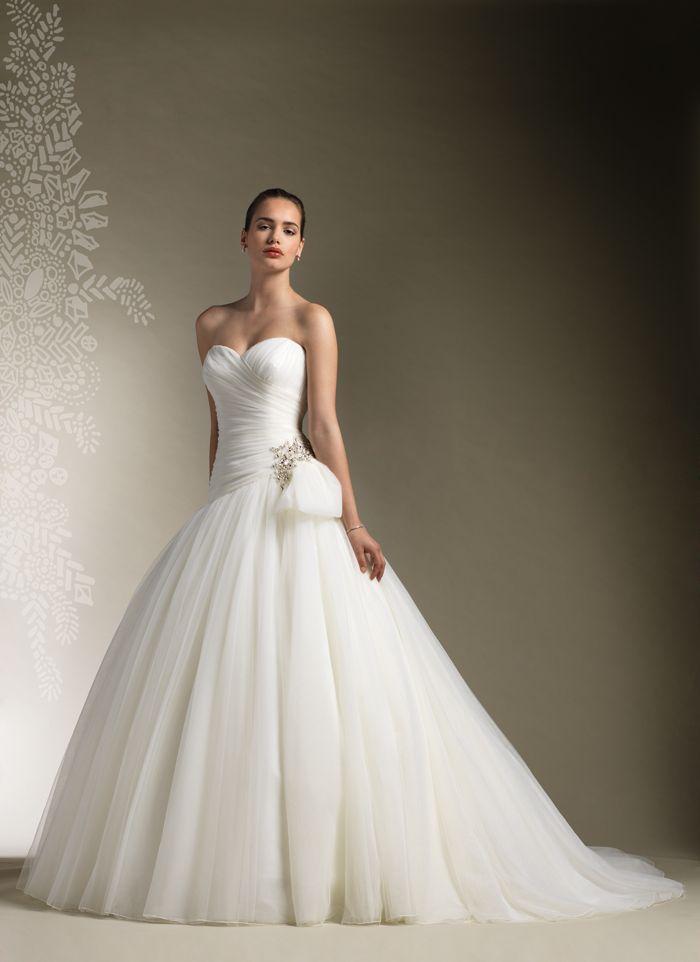 Affordable Wedding Gown Designers | Designer Wedding Gowns ...