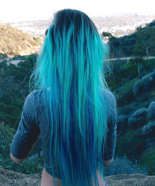 Get this #bluehair inspiration look with #aquamarine www