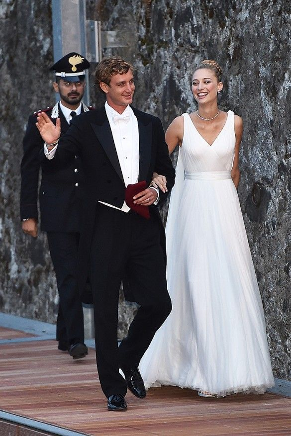 Scarpe Sposa Beatrice.See The Other Dresses Beatrice Borromeo Wore At Her Royal Wedding