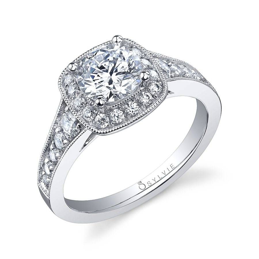 AndrÃanne engagement ring with cushion halo s in