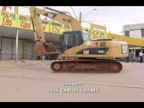 Desde 1990 existe uma ordem judicial para desocupação do terreno.  Fiscalização fecha as portas e derruba parte do supermercado Tatico em Ceilândia - YouTube