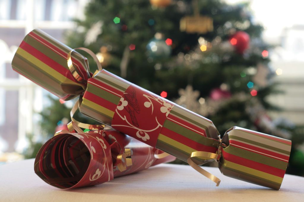 Awesome 1000 Images About British Christmas Crackers On Pinterest Easy Diy Christmas Decorations Tissureus