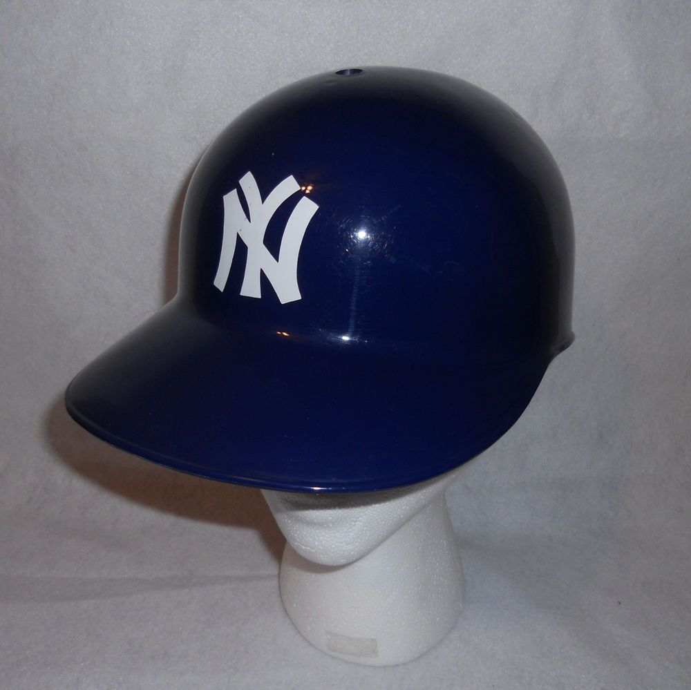 New York Yankees Baskin Robbins Helmet Plastic Baseball Full Size Collectible Mlb Newyorkyankees Plastic Baseball New York Yankees Helmet