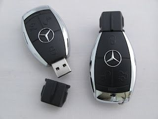 Mercedes key fob Mercedes car, Car keys, Key