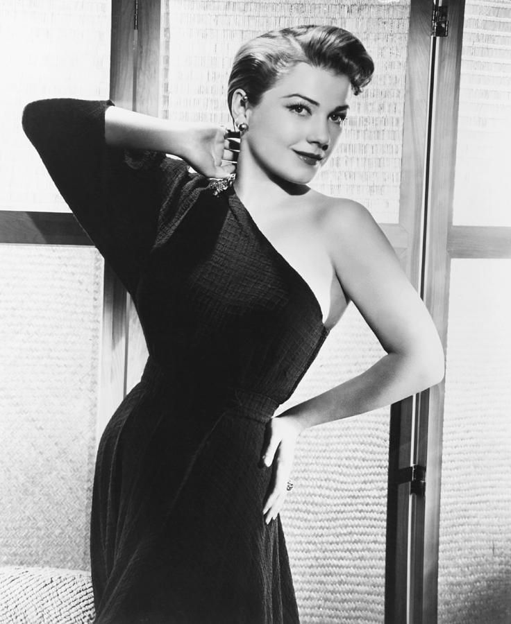 anne baxter measurements
