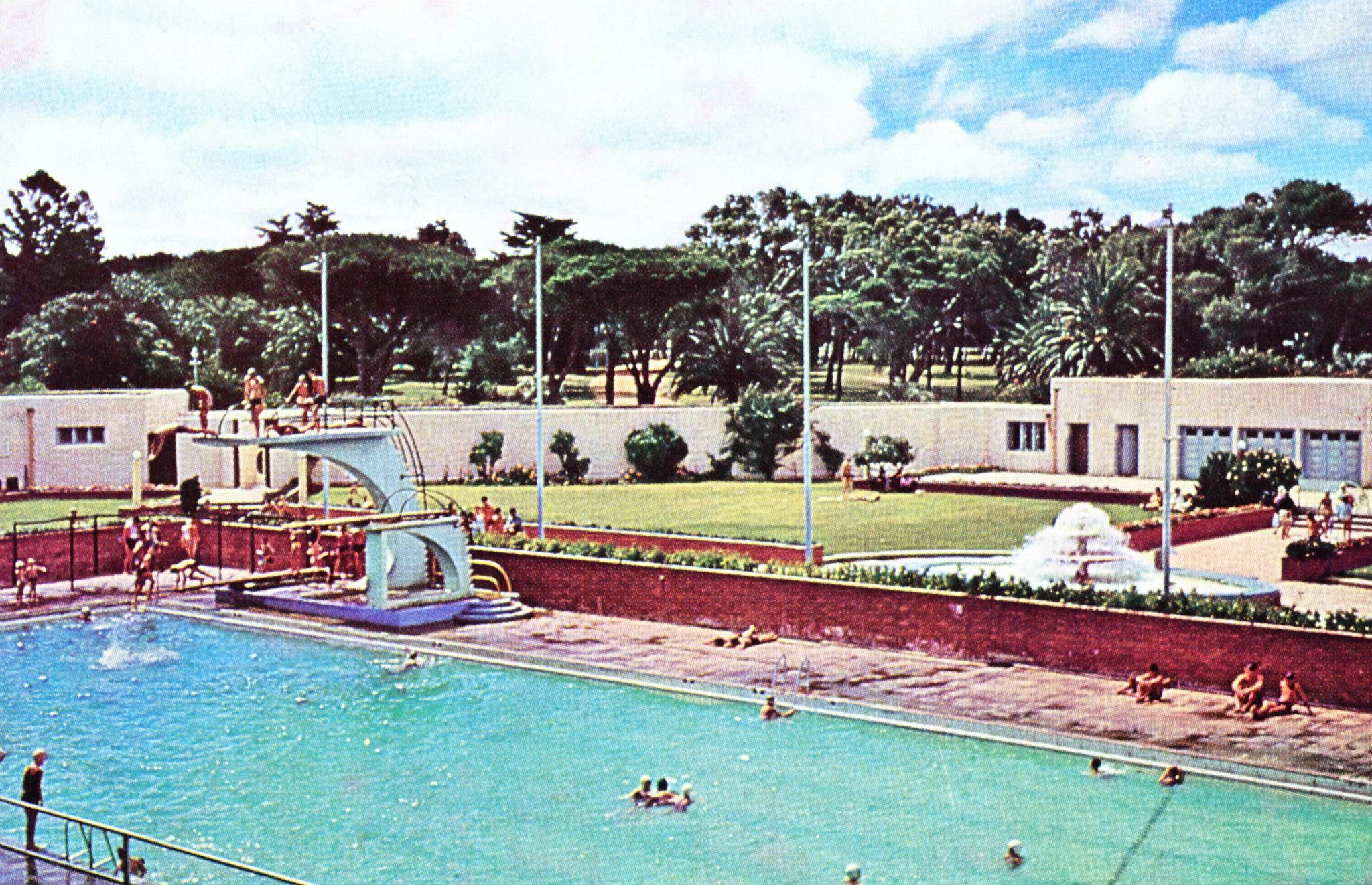 Port Elizabeth St George S Swimming Pool Ooh What Fun We Had On Those Diving Boards Port Elizabeth Historical Place St George S Park