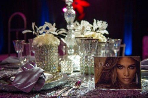 Mesa de boda decorada al estilo de Jennifer Lopez - Foto: Floramor Studios