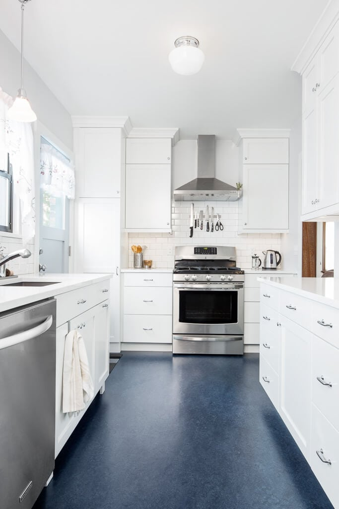 Tranquil White Galley Kitchen - Model Remodel #whitegalleykitchens Tranquil White Galley Kitchen - Model Remodel #whitegalleykitchens