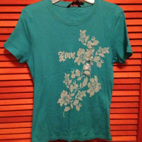 Guess jeans tshirt Cute design with LOVE, sz M Guess Tops