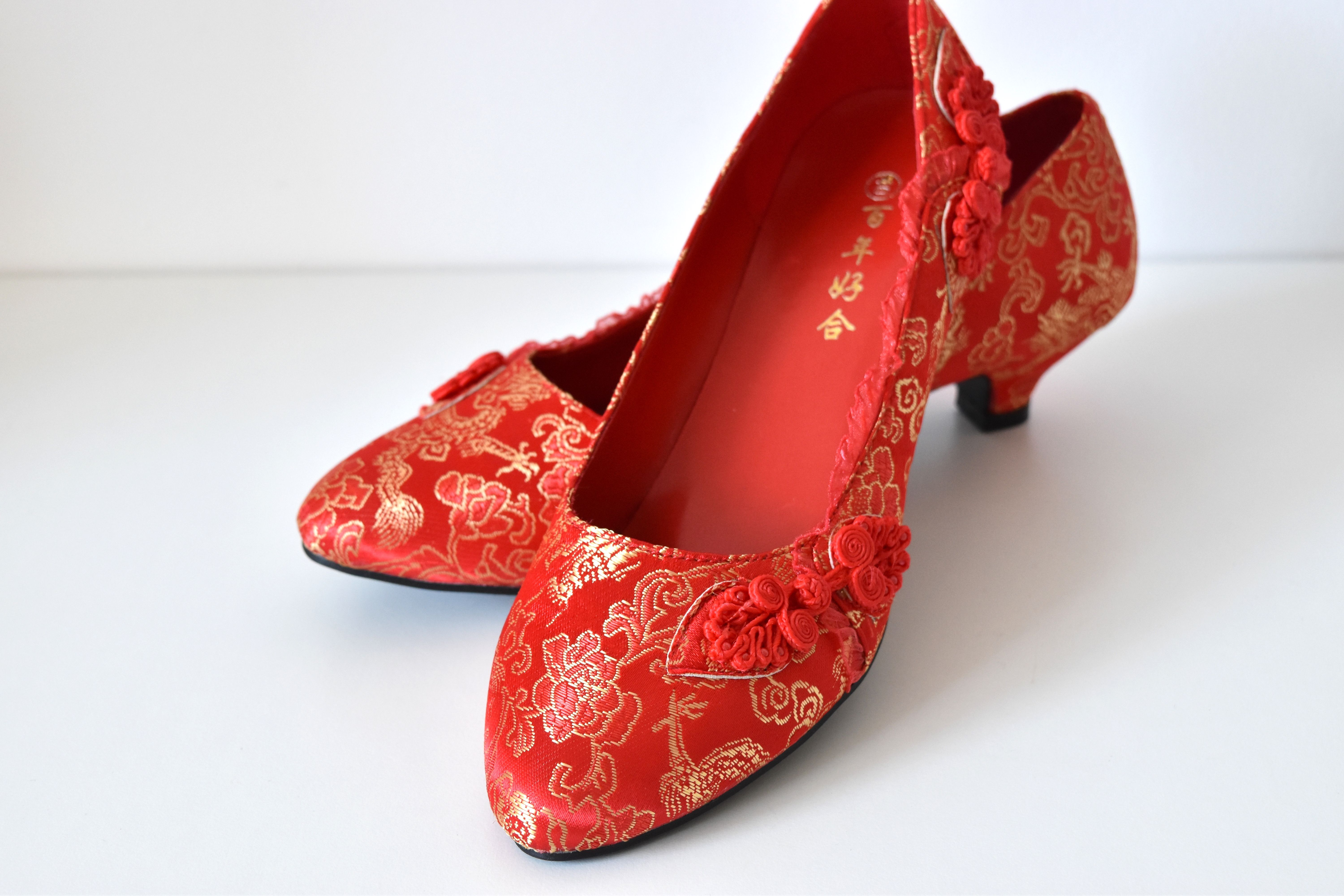 LUCY BUTTON KNOT RED CHINESE WEDDING CUSTOM MADE SHOES Pretty button ...