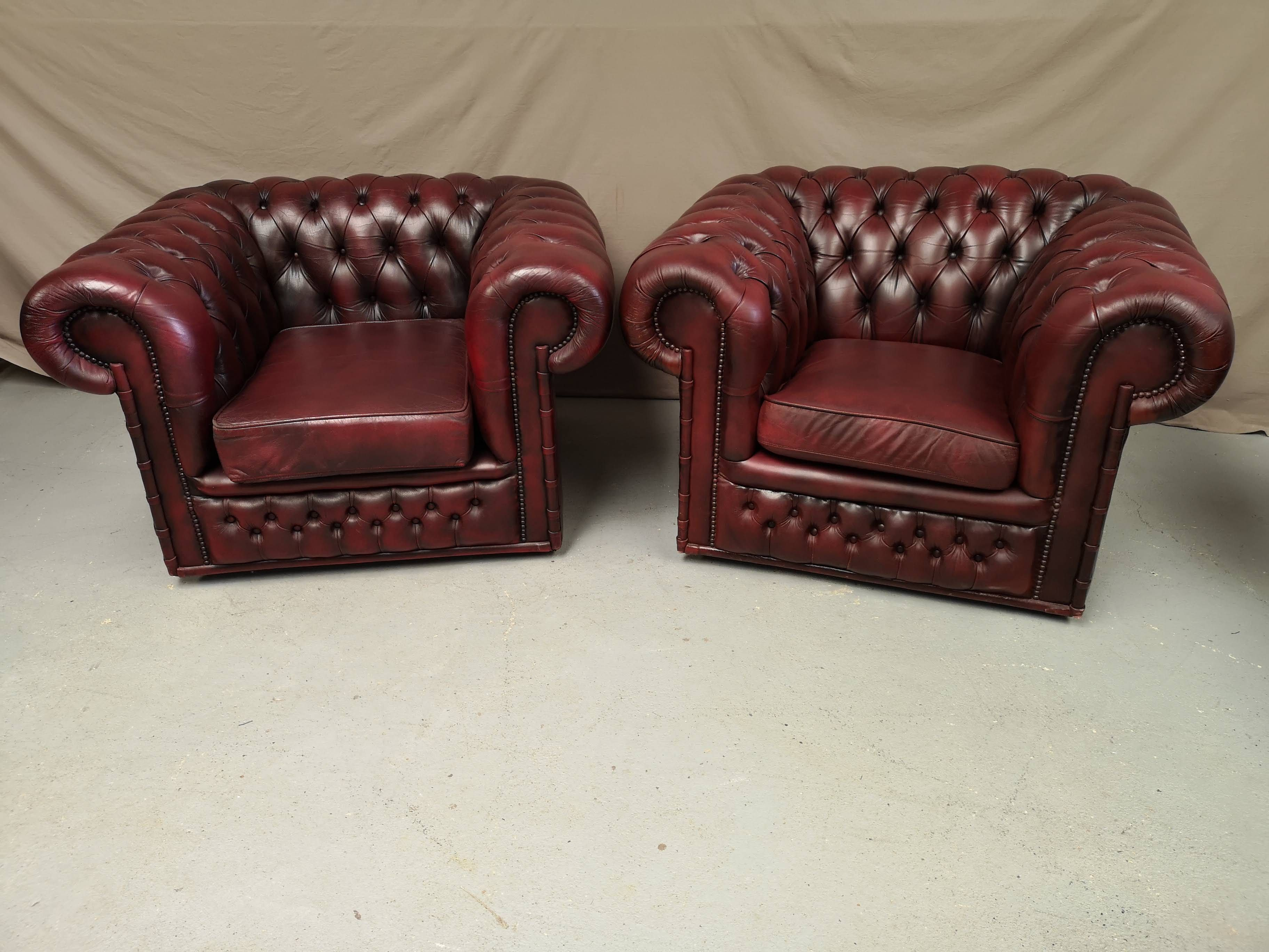 Fauteuils Chesterfield Cuir Bordeaux Fauteuil Chesterfield Chesterfield Decoration Vintage
