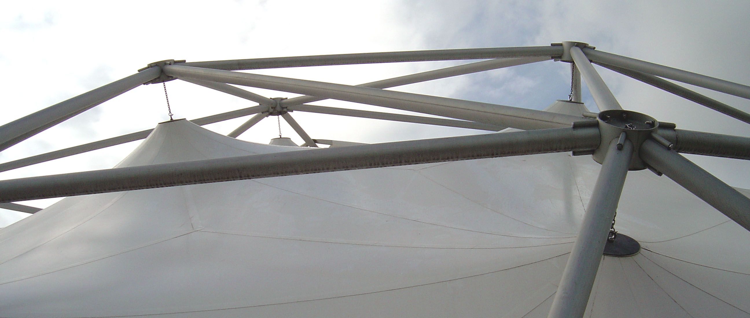 Construction details of a permanently installed tent type