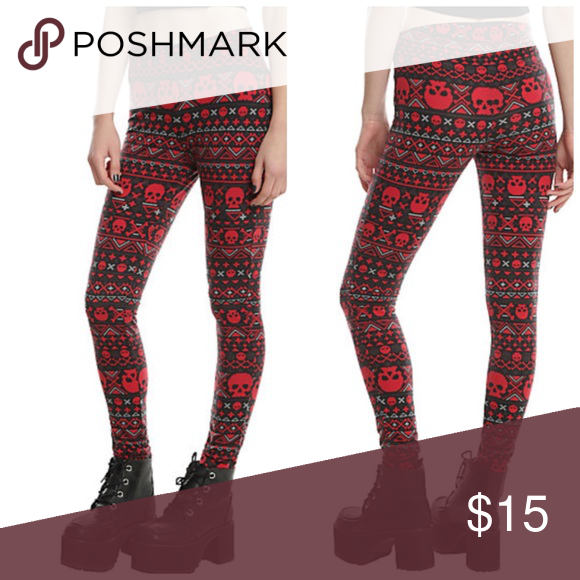 BOGO Bundle Deal! Two pairs of Hot Topic leggings | Hot topic ...