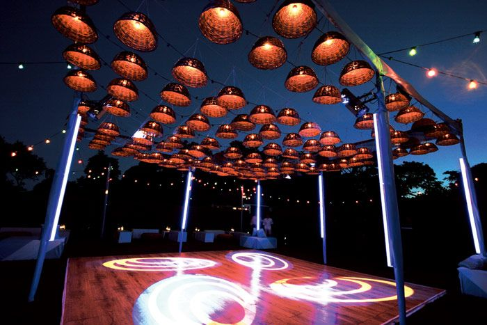 Levy lighting nyc engineered an outdoor dance floor for a for Outdoor dance floor ideas