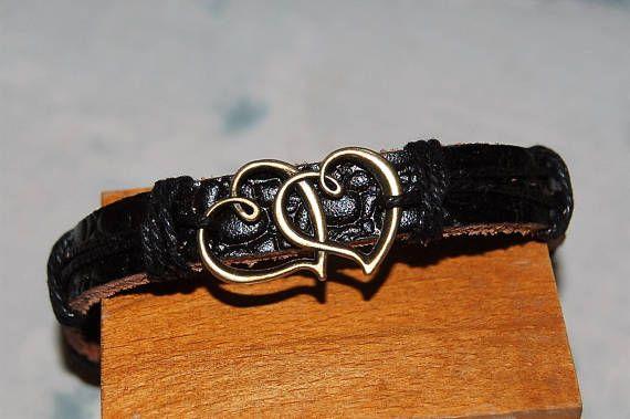bracelet homme / femme réglable cuir et médaille de bronze, coeur, amour,medaille, coeur enlacés