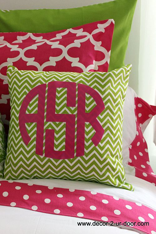 Design Your Own Dorm Room: Dorm Room Bedding, Girls Dorm Room