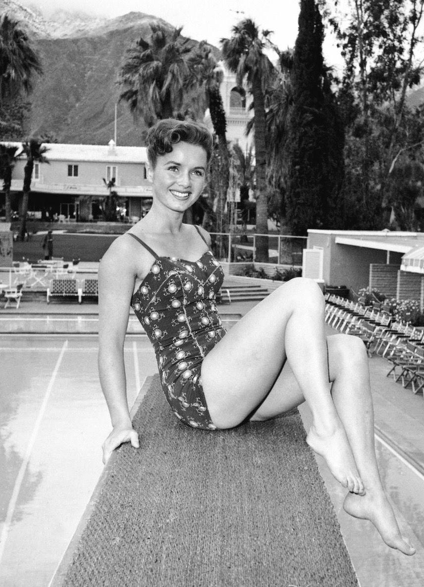 Pin By Debbie Smith On Bathroom Ideas In 2019: Debbie Reynolds By The Pool, 1950s. Photo By Samuel Wu