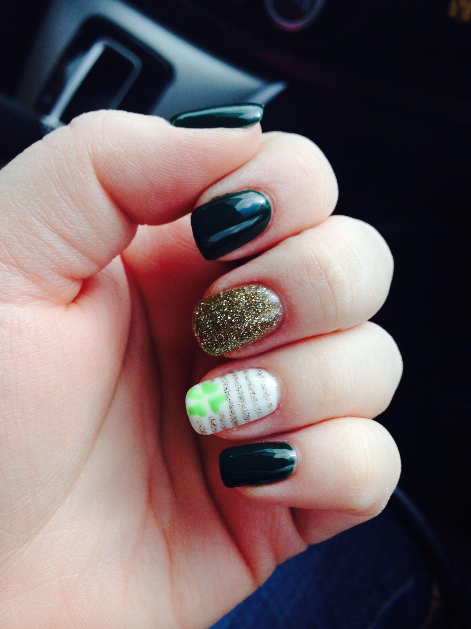 St. Patricks day nails, dark green nails, clover shamrock nail art ...