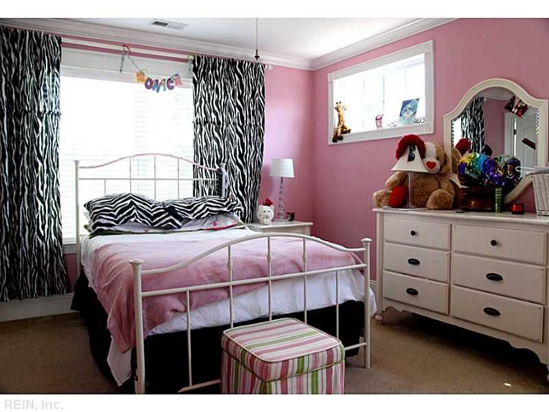 Great Teen Girl's Bedroom  The Zebra Print Curtains And Pillows Glamorous Curtains For Teenage Girl Bedroom Decorating Design