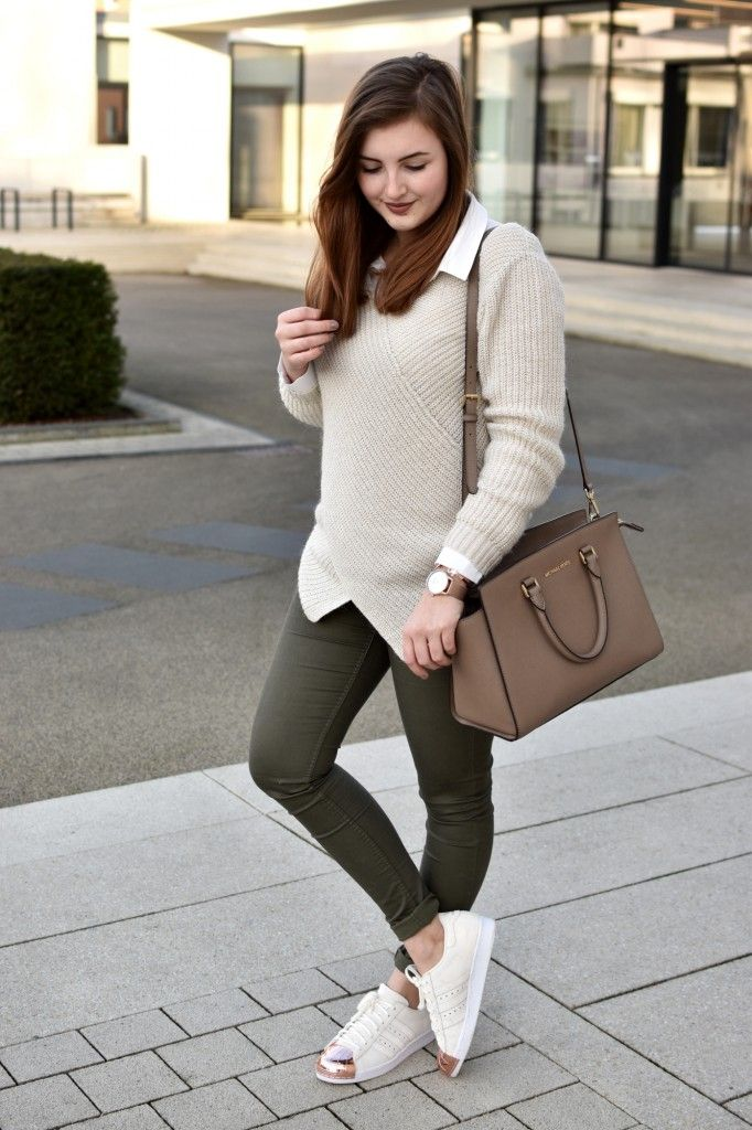 Beige hose outfit